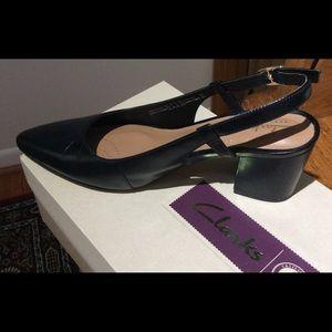 Clarks Pravana Claire pointy toe block heel, 8m
